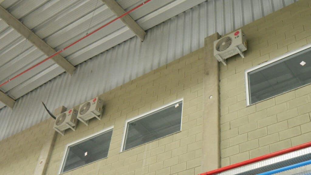 Ar condicionados instalados