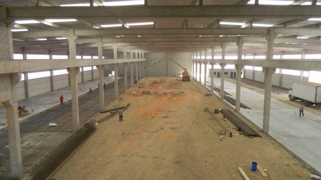 Preparação do terreno para o piso da ala 2