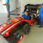 Foto de um colaborador da Engetref no carro da V8 Racing - 3