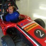 Foto de um colaborador da Engetref no carro da V8 Racing - 6